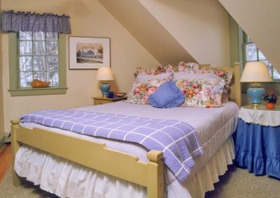 Dixville Schoolhouse Suite Bedroom